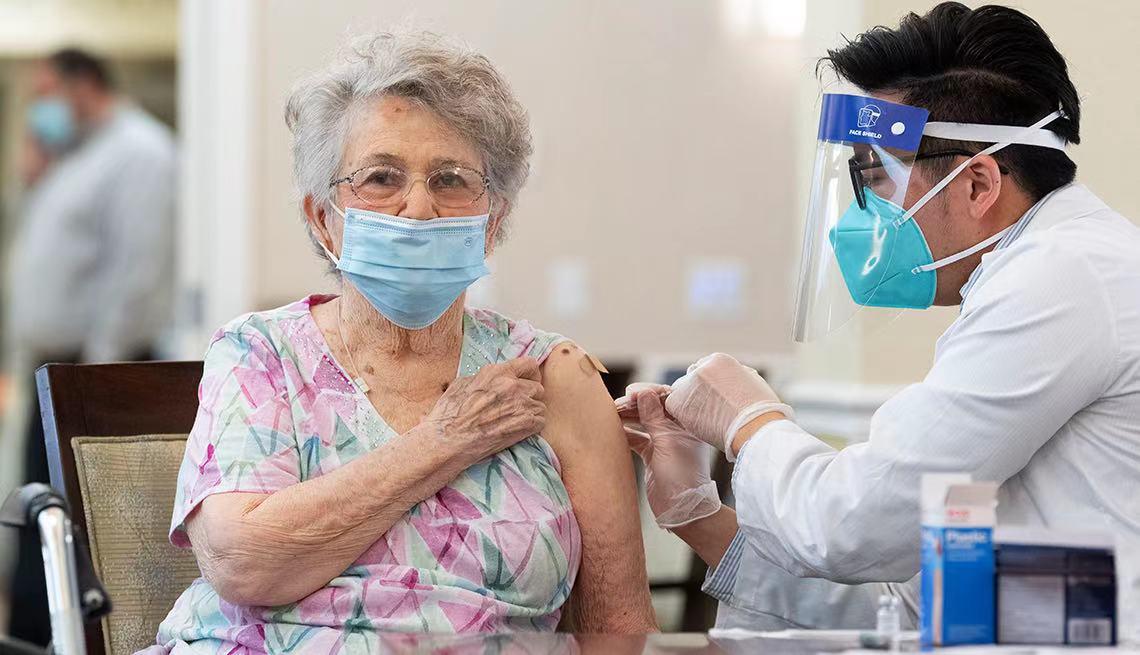 美国疾控中心:62%疗养院工作人员拒绝接种新冠疫苗