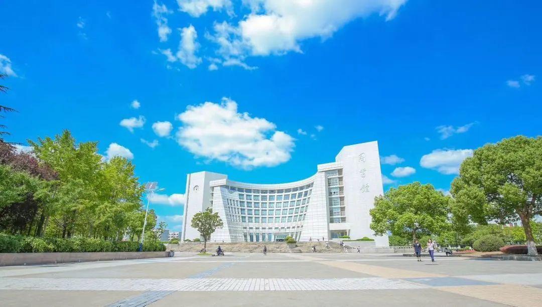 """""""金课""""来了!上海大学23门课程被认定为首批上海高等学校一流本科课程图片"""