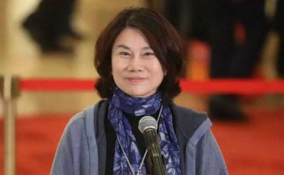 格力电器执行总裁黄辉离职 董事长董明珠话语权变得更大