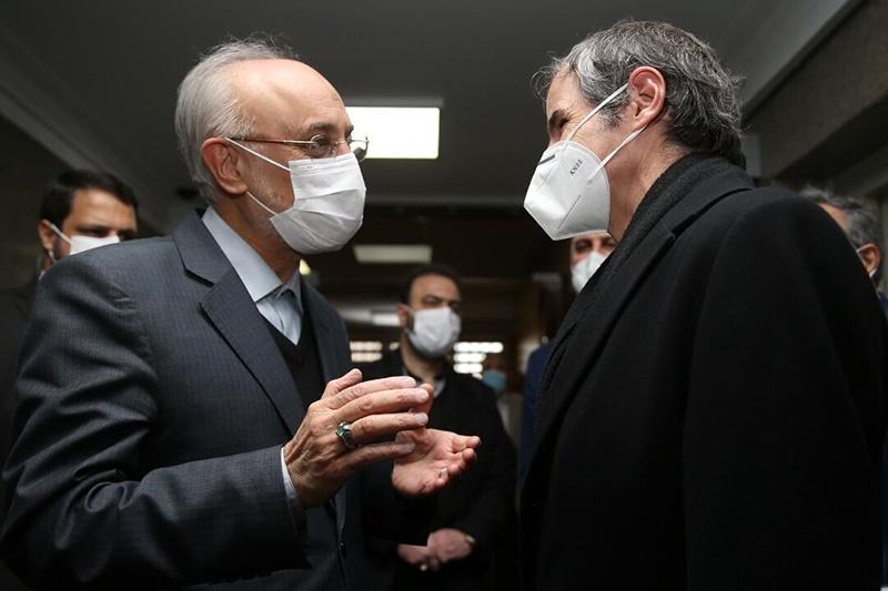 伊朗副外长:正在考虑欧盟建议 同美国举行非正式会谈