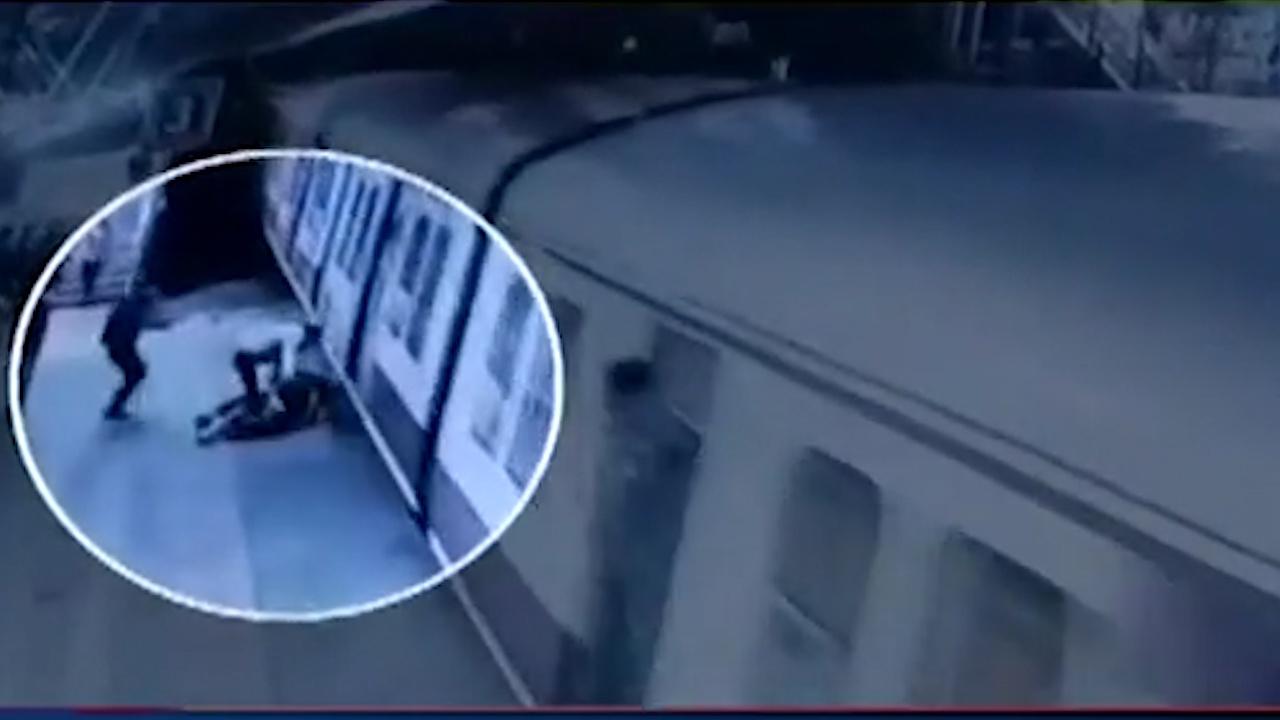 因求婚被拒 印度男子将21岁女子推向行驶中的火车