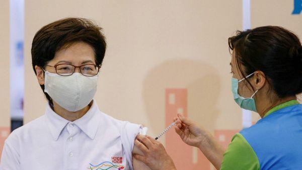 境外媒体:林郑月娥带头接种国产疫苗图片