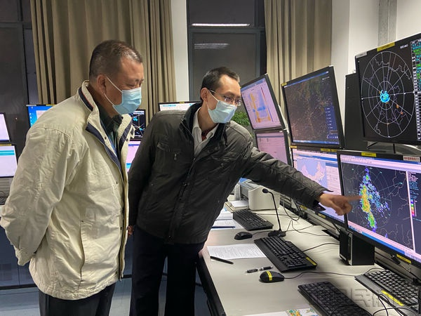 民航湖北空管分局气象台全力做好初雷天气气象服务