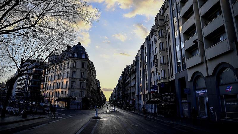 """巴黎市政府将提议""""封城""""三周"""