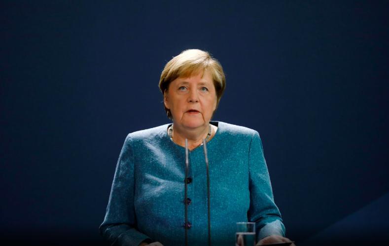 德国总理默克尔:新冠疫苗接种可能需持续数年