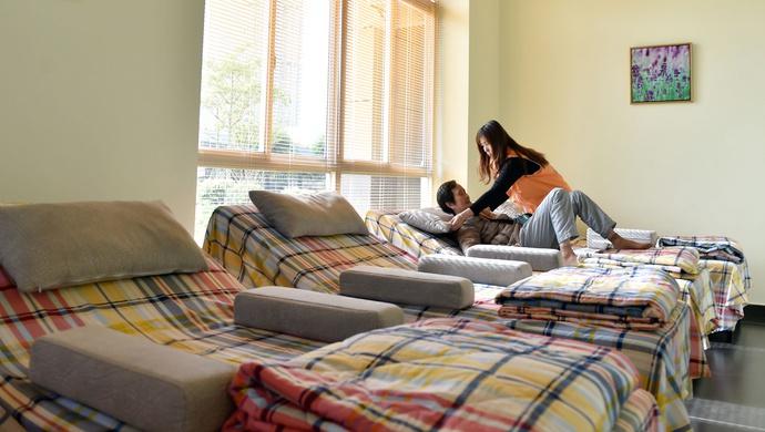 """新增养老床位5000张、继续做好""""两项补贴""""……上海今年要做这些民生实事图片"""