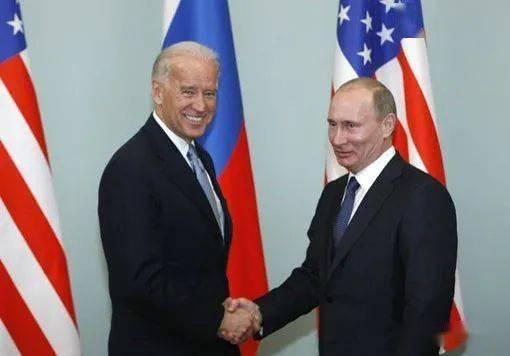 俄美《新削减战略武器条约》延长5年正式生效