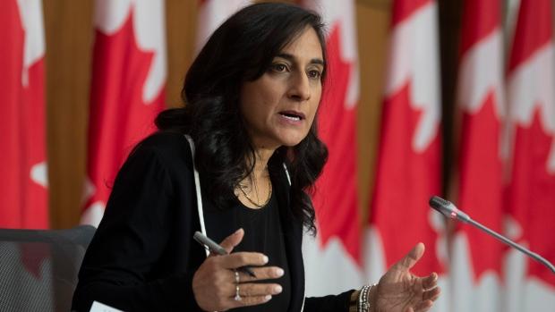 加拿大官员:新冠疫苗厂家都曾拒绝在加拿大生产