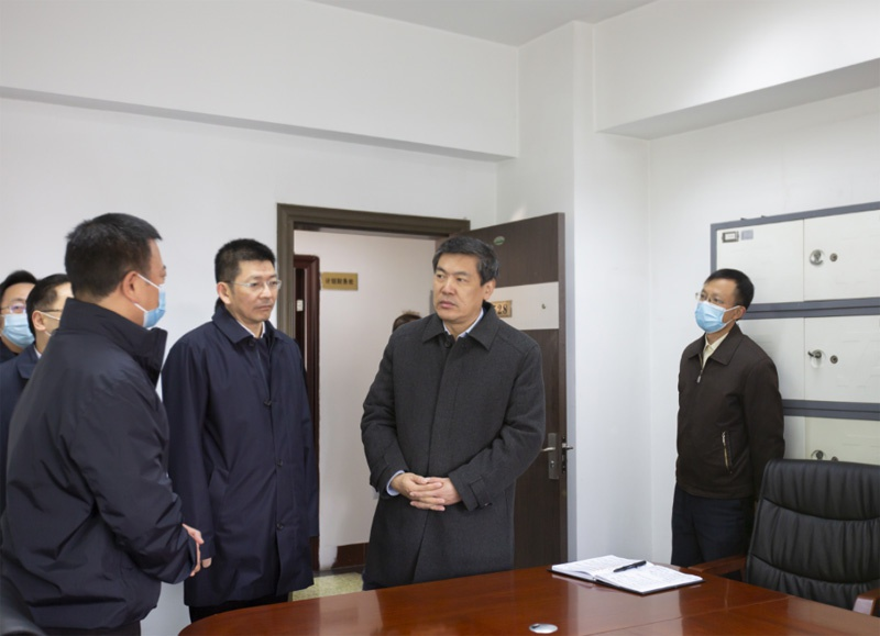 罗强副省长赴住房城乡建设厅调研图片