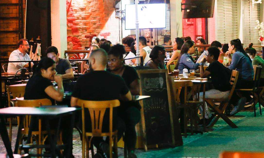 巴西里约热内卢市政府宣布延长宵禁令