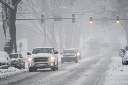 冬季风暴本周末侵袭美国中南部地区