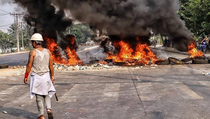 在缅中资企业遭打砸抢烧,中国大使馆:性质十分恶劣图片
