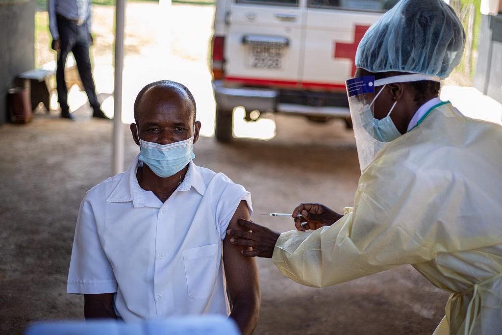津政府官员:国药疫苗对津巴布韦来说是最好的