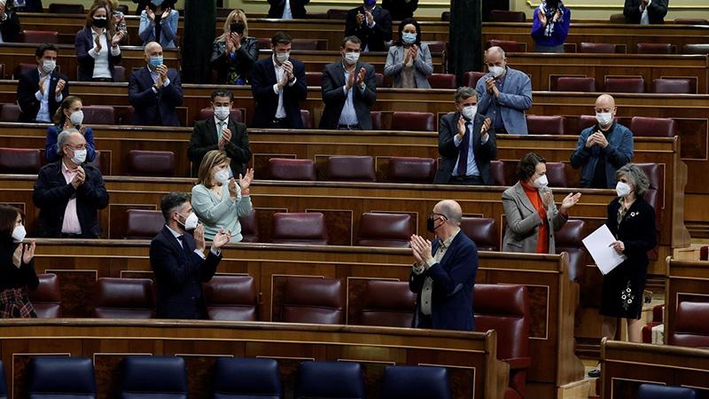 西班牙众议院经投票通过安乐死法规