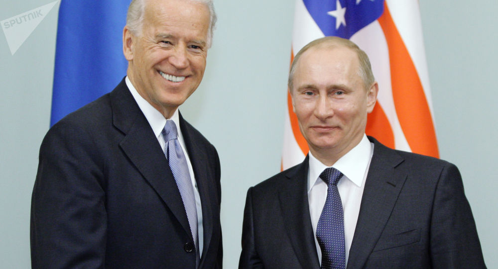 被问是否同意与普京对话 拜登扭头就走拒回答