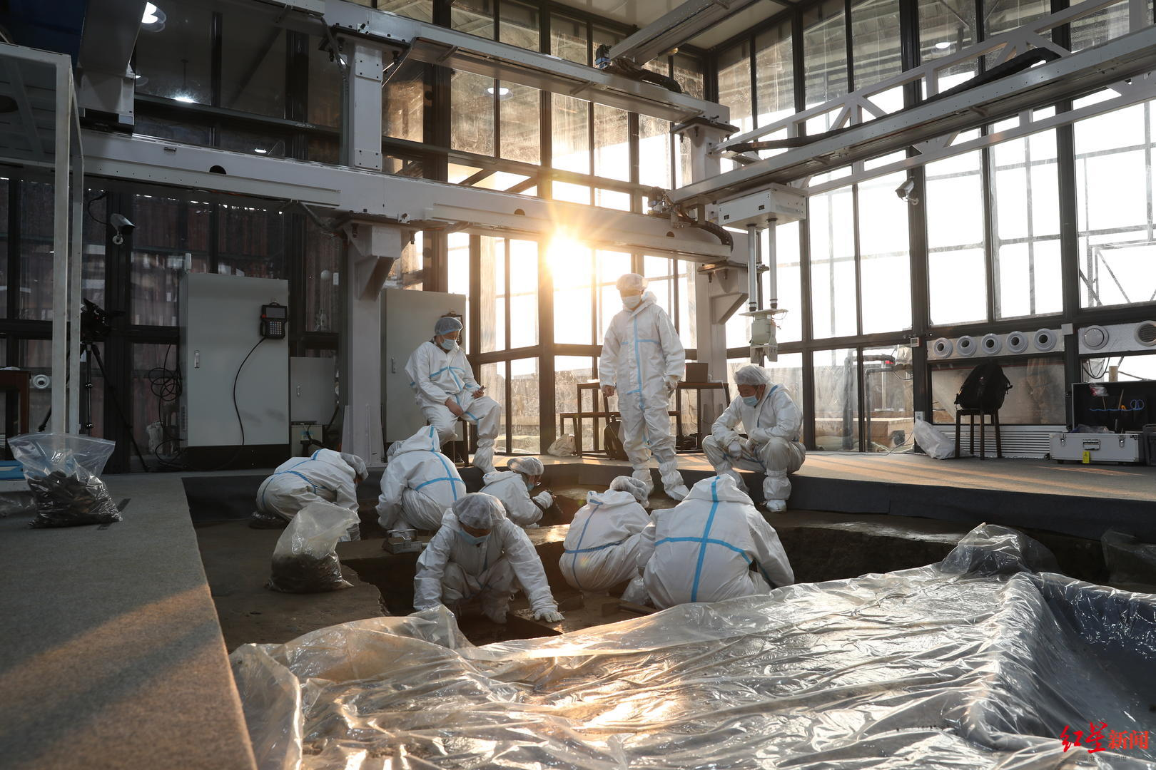 三星堆遗址土壤中发现蚕丝蛋白 揭秘考古现场的文物保护实验室图片