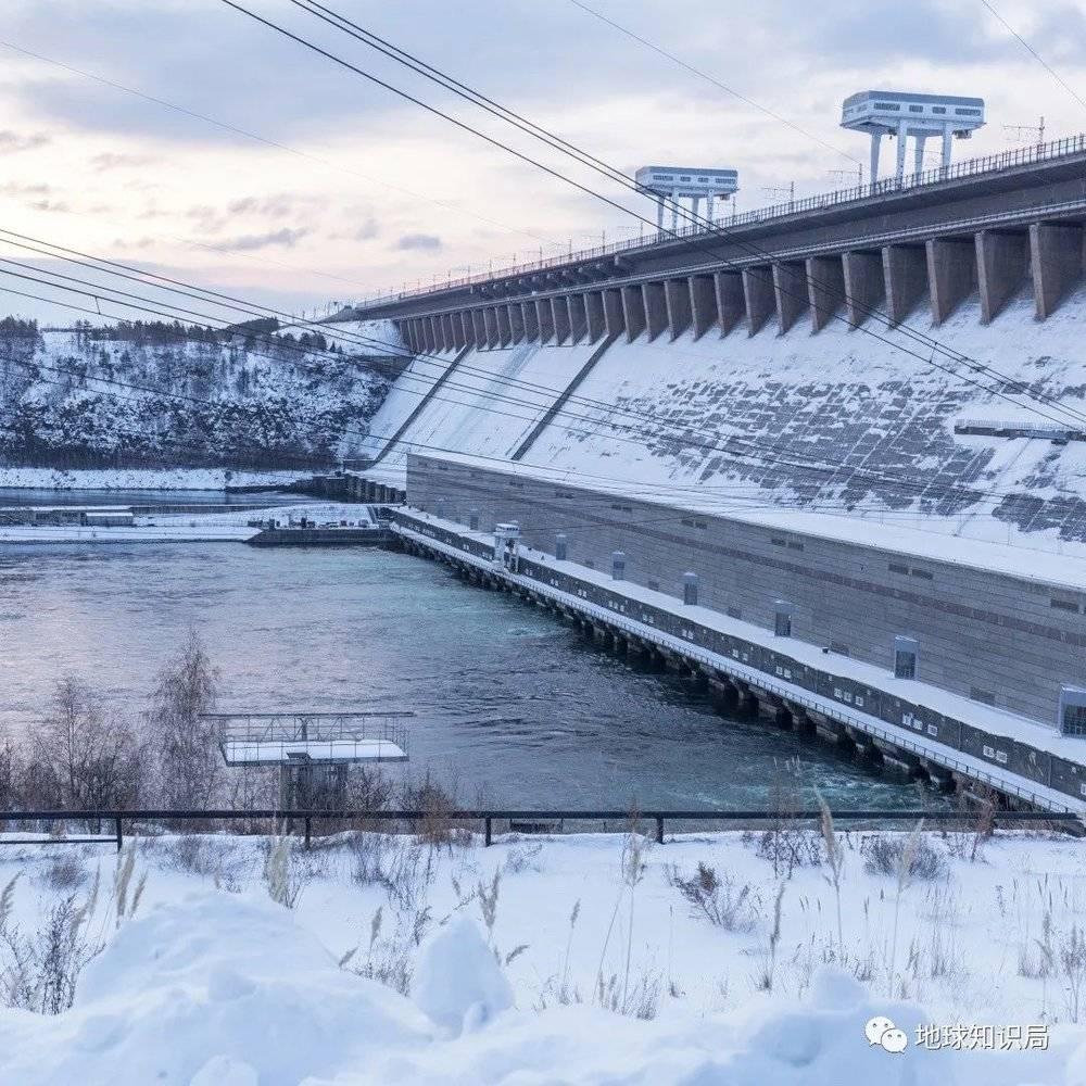 水电站的建设带动了这座城市的兴起,是苏联时期的一处工业重镇(图:shutterstock)