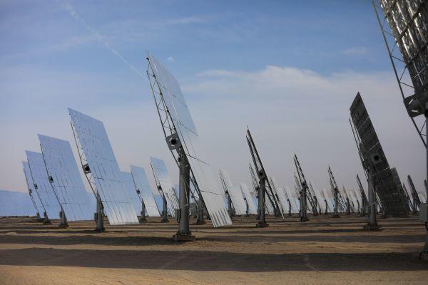 日媒惊呼:中国1年新增清洁能源堪比120座核电站!图片