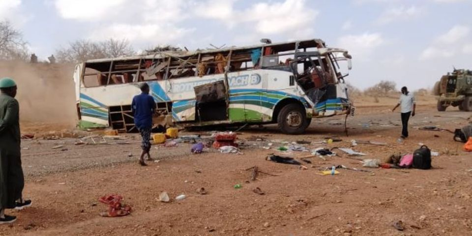 肯尼亚一大巴车发生爆炸 造成至少4人死亡