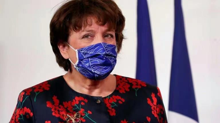 法国文化部长因新冠肺炎入院后已开始吸氧