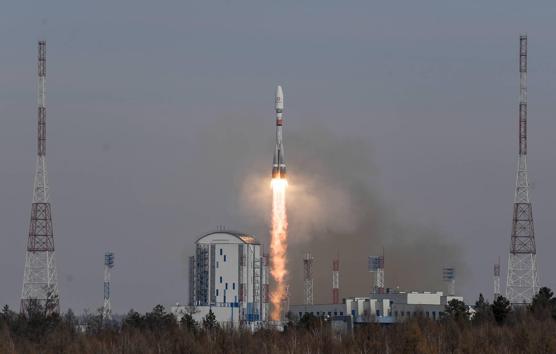 """俄罗斯""""联盟-2""""号运载火箭1箭36星成功发射"""