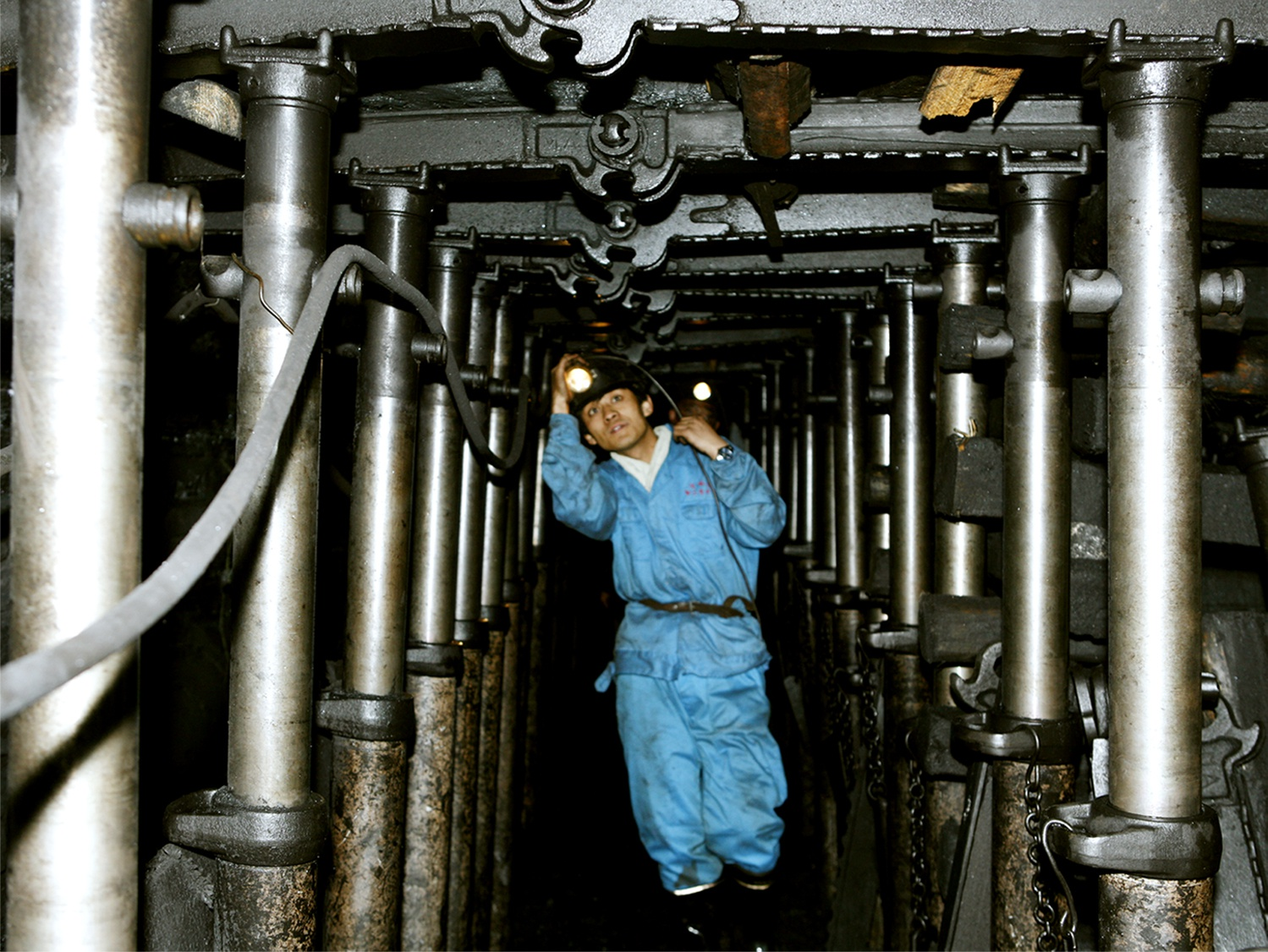 永泰能源孟子峪煤业三举措筑牢安全堤 推动矿井安全高效发展