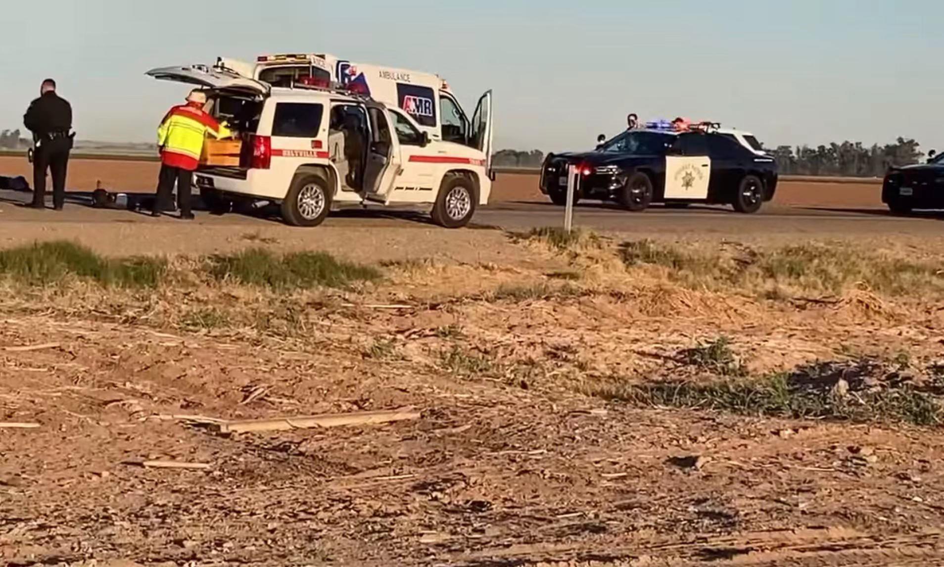 美国加州因皮里尔县车祸已致至少15人丧生