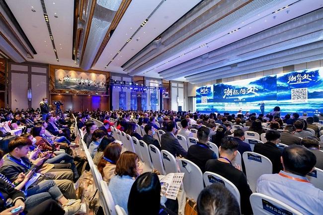 30多位专家学者、企业高管、投资大咖共话2021新机遇丨企投会