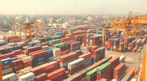 全年无休货物仍滞港 孟加拉国吉大港销毁积压腐烂