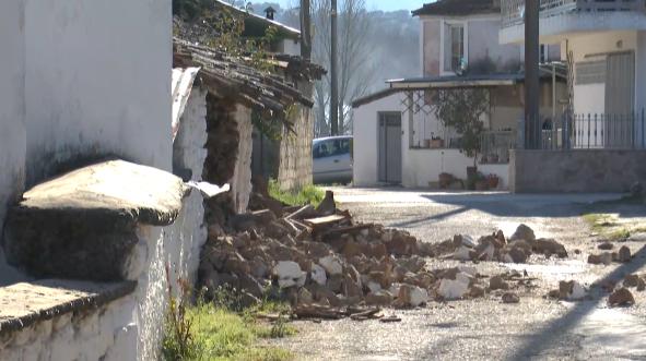 希腊6.2级地震后已发生超百次余震 应急物资运往震区