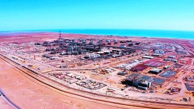 十建公司高效推进阿曼杜库姆炼油项目