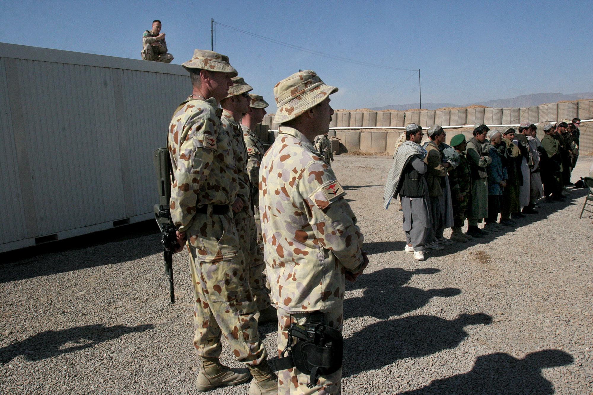 澳大利亚军队再曝丑闻:两名士兵被控强奸未成年少女
