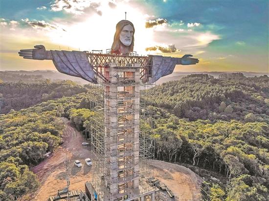 巴西再添大型耶稣像