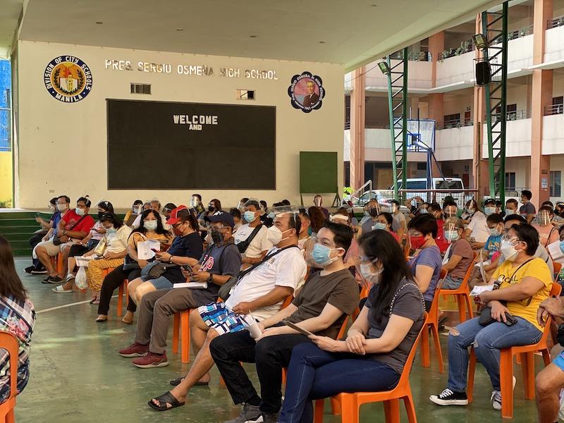 菲律宾下调首都地区防疫等级