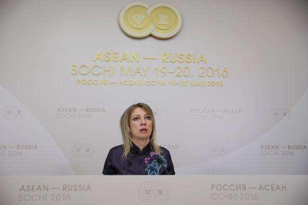 俄外交部发言人扎哈罗娃:读中国学校是明确的选择