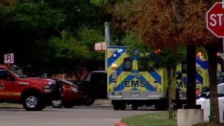 美国得克萨斯州发生枪击事件 造成3人死亡