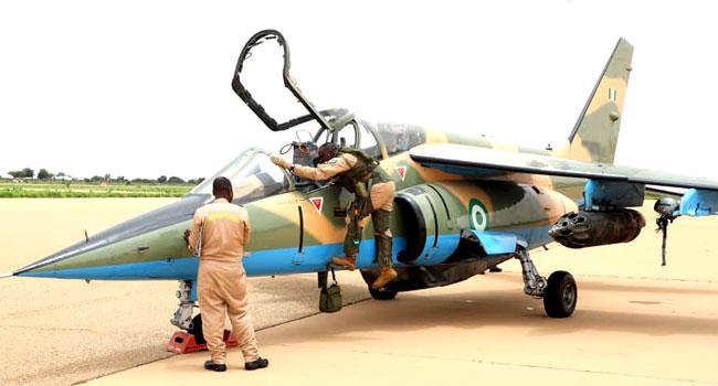 尼日利亚空军一架战机在打击叛乱行动中失联