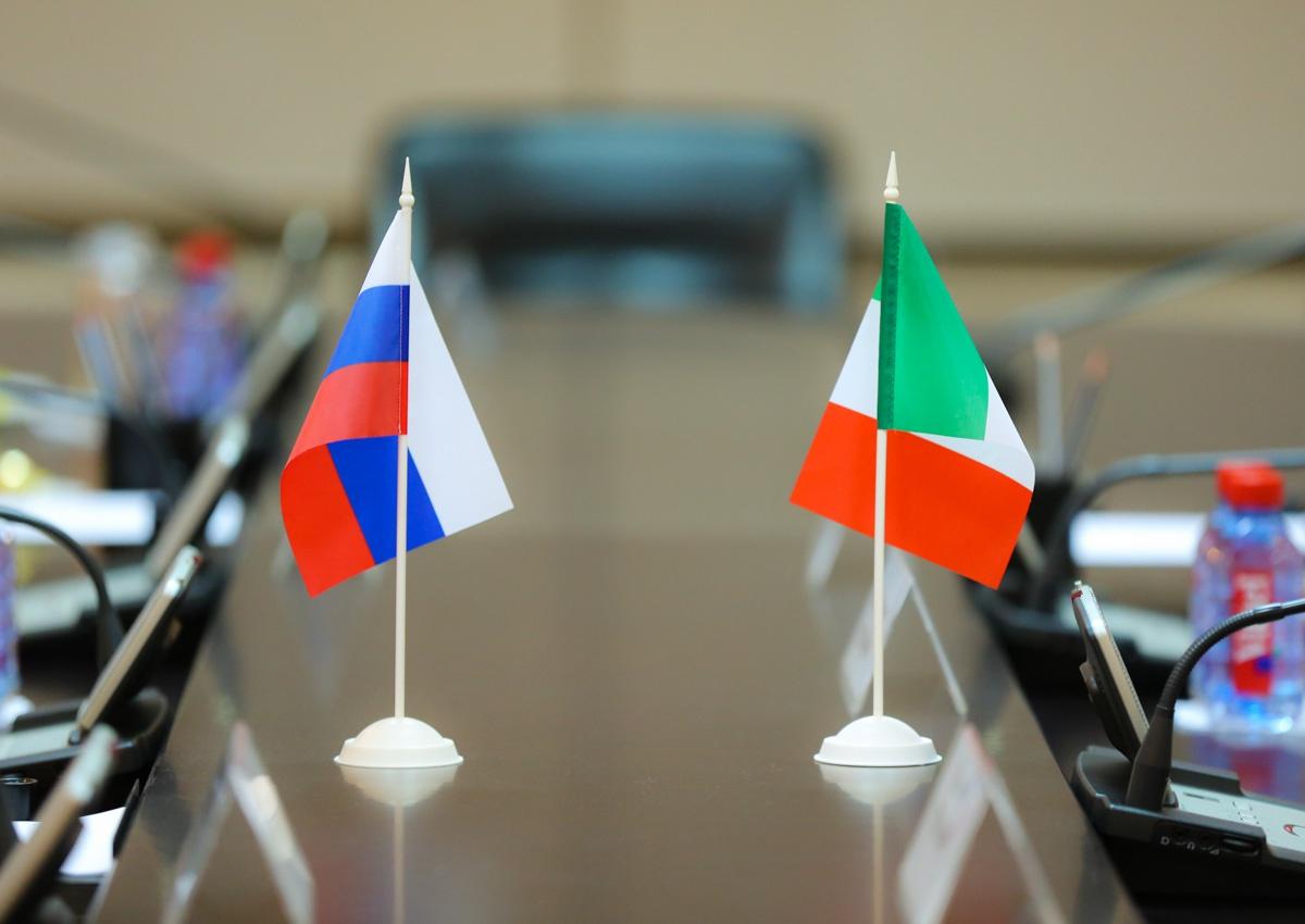 俄罗斯被意大利驱逐的外交官已返俄