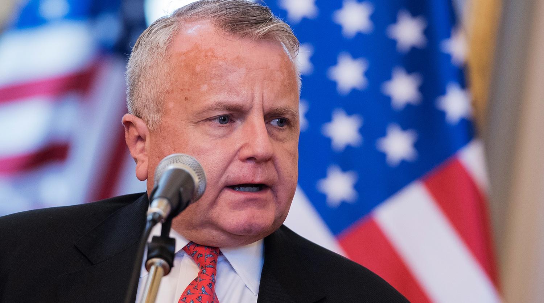美国驻俄罗斯大使拒绝接受俄方建议离开莫斯科
