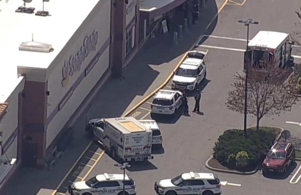 美国纽约州长岛地区发生枪击事件 致1人死亡2人受伤