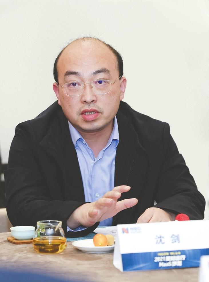 联动云集团CTO沈剑:未来20万元以下私家车购买将消失