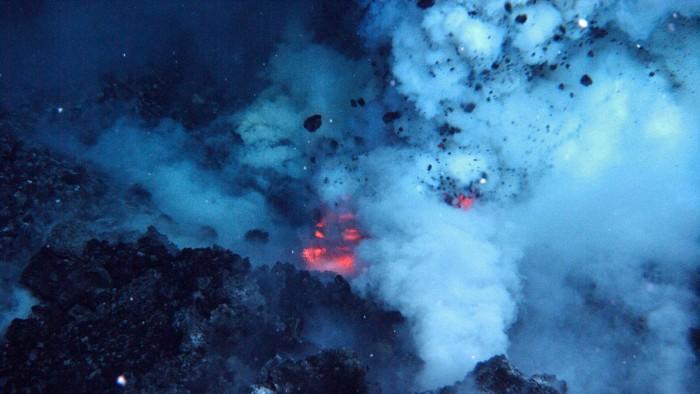 大洋深处火山爆发释放的能量可以为整个美国供电