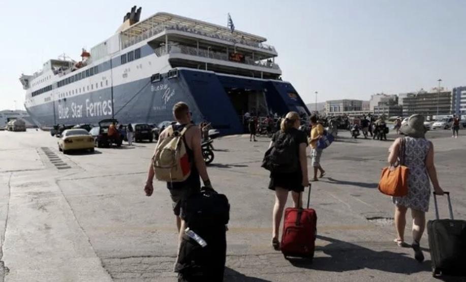 希腊规定乘坐渡轮人员事先要进行新冠病毒快速检测