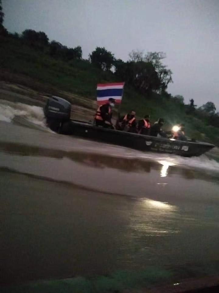 缅甸边境部队向泰国巡逻艇开火