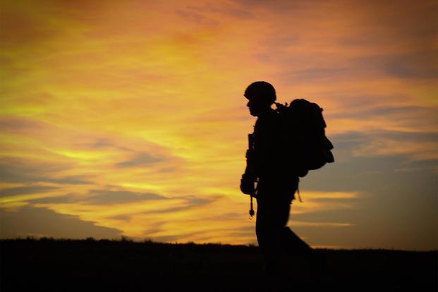 """美国陆军称一名士兵在科威特""""非战斗""""死亡"""