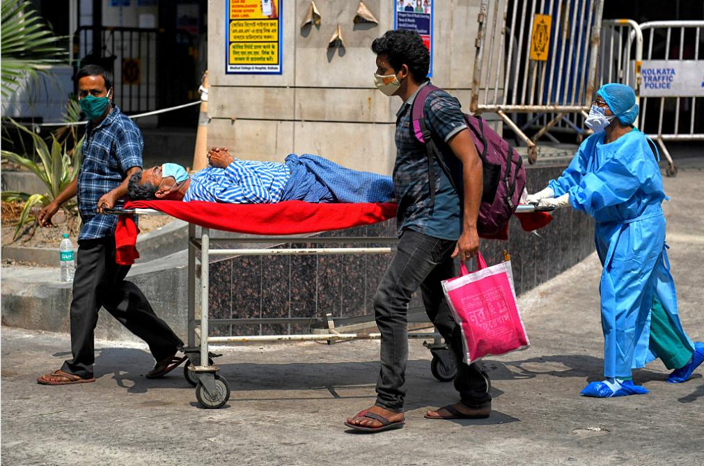 美国政府建议公民尽快离开印度