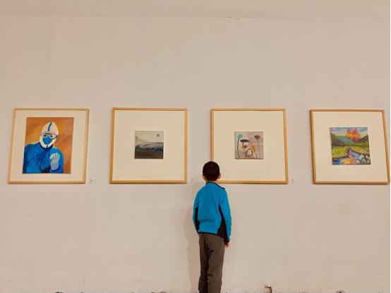 """星光益彩——第十四届""""爱在蓝天下""""自闭症艺术展在京举行"""