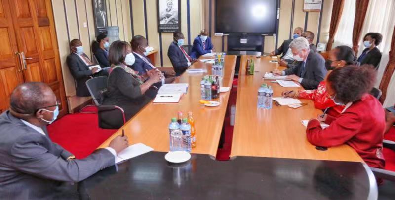 联合国难民署和肯尼亚政府发表联合声明 确认达达布和卡库马难民营关闭路线图