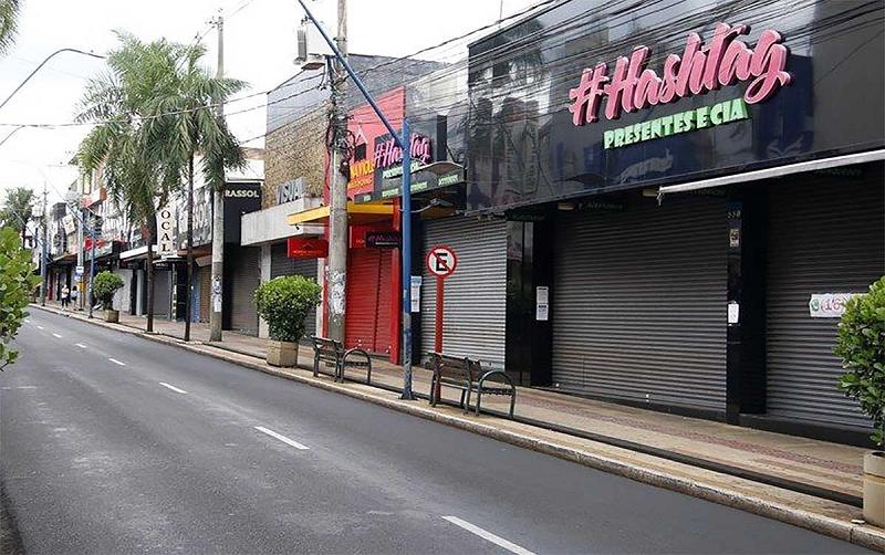 巴西:10天内日增新冠肺炎死亡病例数两度清零