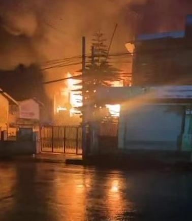 缅甸多地政府机构发生火灾 未造成人员伤亡